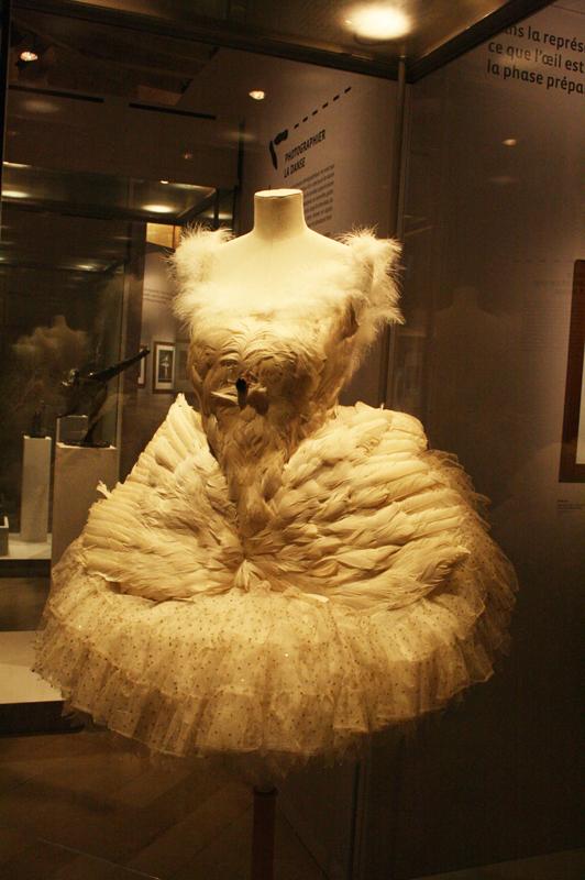 Figurino de Balé feito há mias de 1 século - Lago dos Cisnes | Paris (2008)